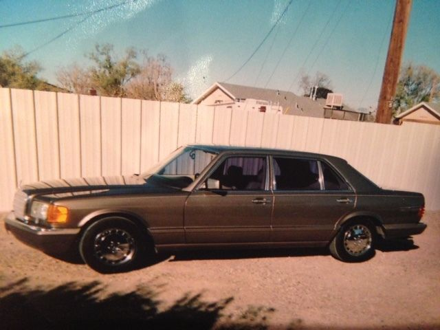 1988 Mercedes-Benz 500-Series 560 SEL