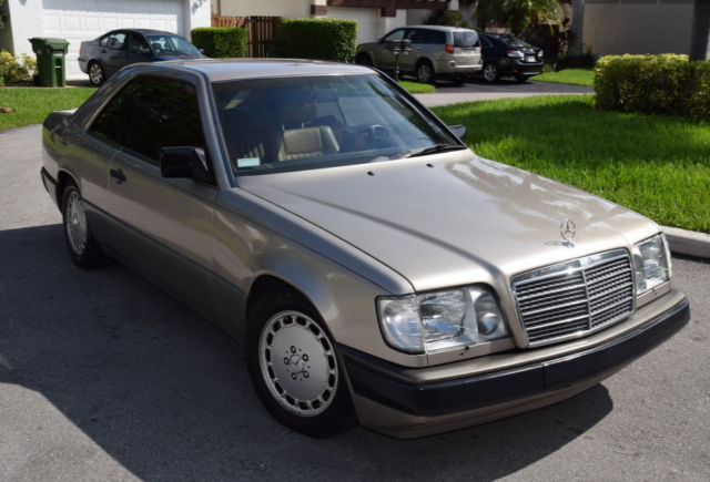1988 mercedes benz 300ce base coupe 2 door 3 0l mint for Mercedes benz 2 door coupe for sale