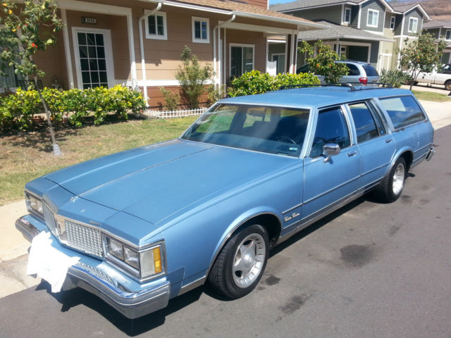 19880000 Oldsmobile Custom Cruiser
