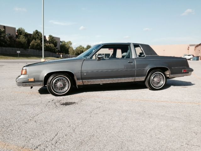 1988 Oldsmobile Cutlass Cutlass Supreme