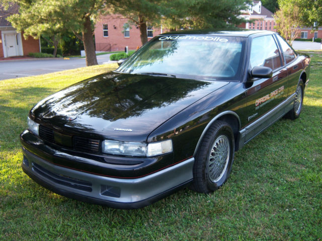 1988 Oldsmobile Cutlass INDY PACE CAR EDITION
