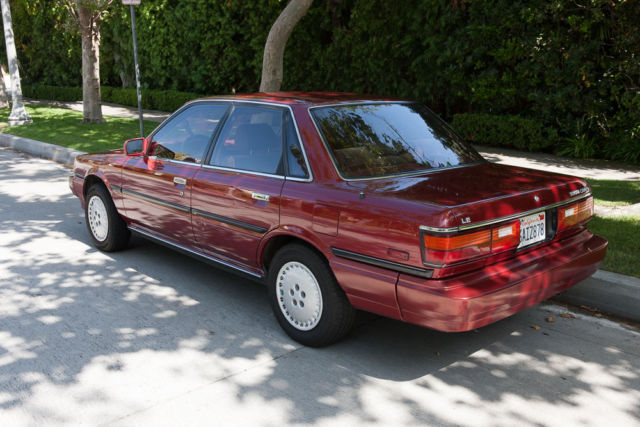 1988 toyota camry le 82k miles for sale photos technical specifications description. Black Bedroom Furniture Sets. Home Design Ideas