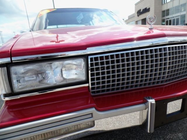 1988 Red Cadillac DeVille Sedan with Other Color interior