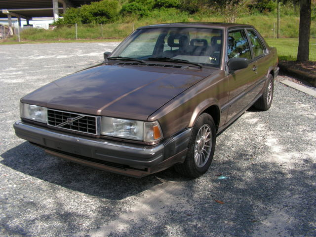 1988 volvo 780 bertone coupe for sale photos technical specifications description. Black Bedroom Furniture Sets. Home Design Ideas