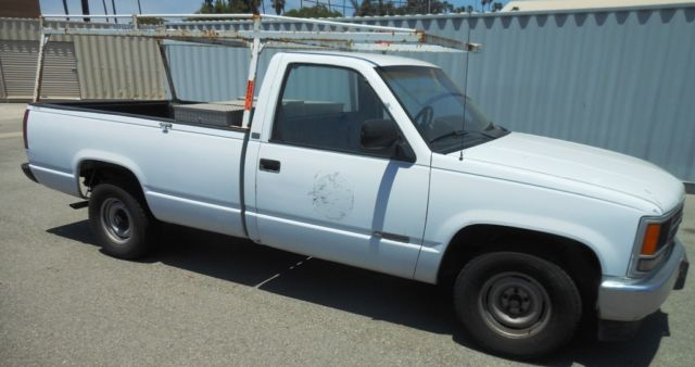 1989 CHEVY Cheyenne 1500 Pick Up  Utility Truck  See Detalls for