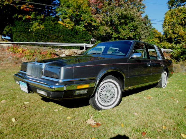 1989 Chrysler New Yorker 4 Door Landau Mark Cross Addition