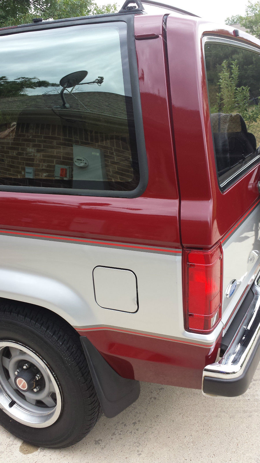 1989 Ford Bronco II XLT Plus Sport Utility 2-Door 2.9L for ...