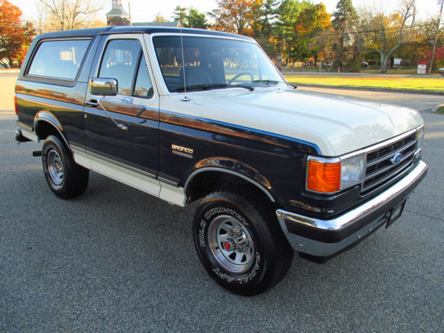1989 Ford Bronco XLT RARE 4SPEED SURVIVOR