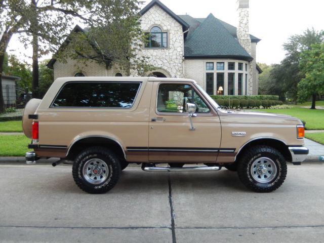 1989 ford bronco xlt 4x4 only 25k original miles 100 original paint interior for sale photos technical specifications description topclassiccarsforsale com