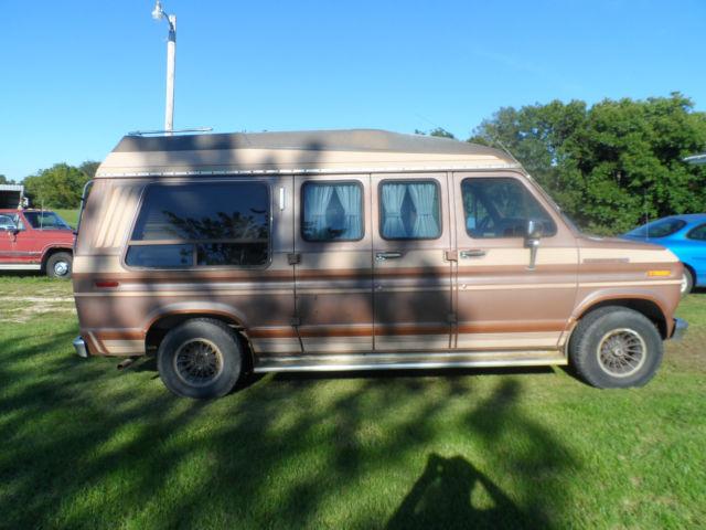 1989 ford e 150 conversion van for sale photos technical specifications description. Black Bedroom Furniture Sets. Home Design Ideas