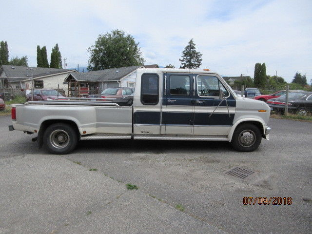 1989 Ford E-350 Centurion Sleeper Van Dually Pick-up for sale