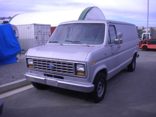 1990 Ford E-Series Van