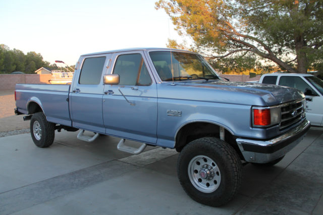1989 Ford F-350 Custom Extended Cab Pickup 2-Door