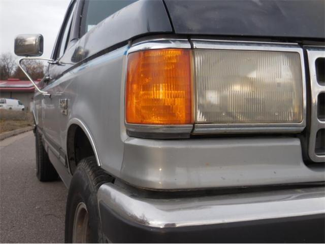 1989 Blue and Silver Ford F-150 Pickup