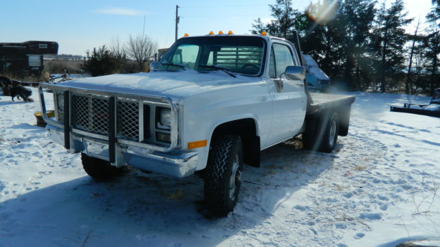 1989 GMC CHEVY K30 K35 K3500 4X4 4 SPEED DUALLY FLAT BED DRY WESTERN