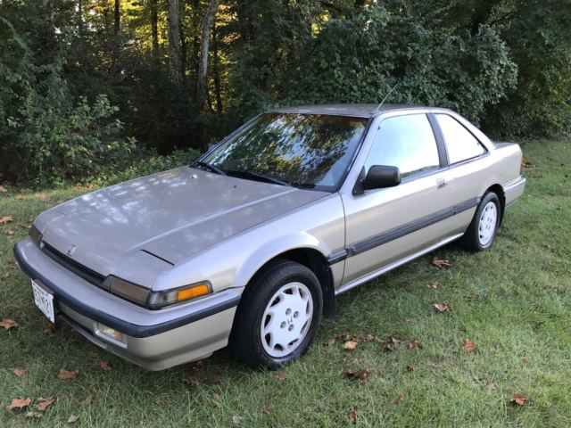 1989 honda accord lxi coupe 2 door 2 0l 89k miles no reserve 1 owner all power for sale photos. Black Bedroom Furniture Sets. Home Design Ideas