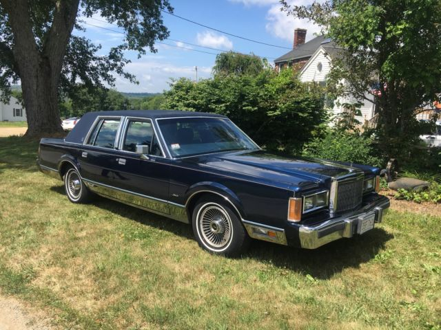 1989 Lincoln Town Car Signature Series For Sale Photos Technical