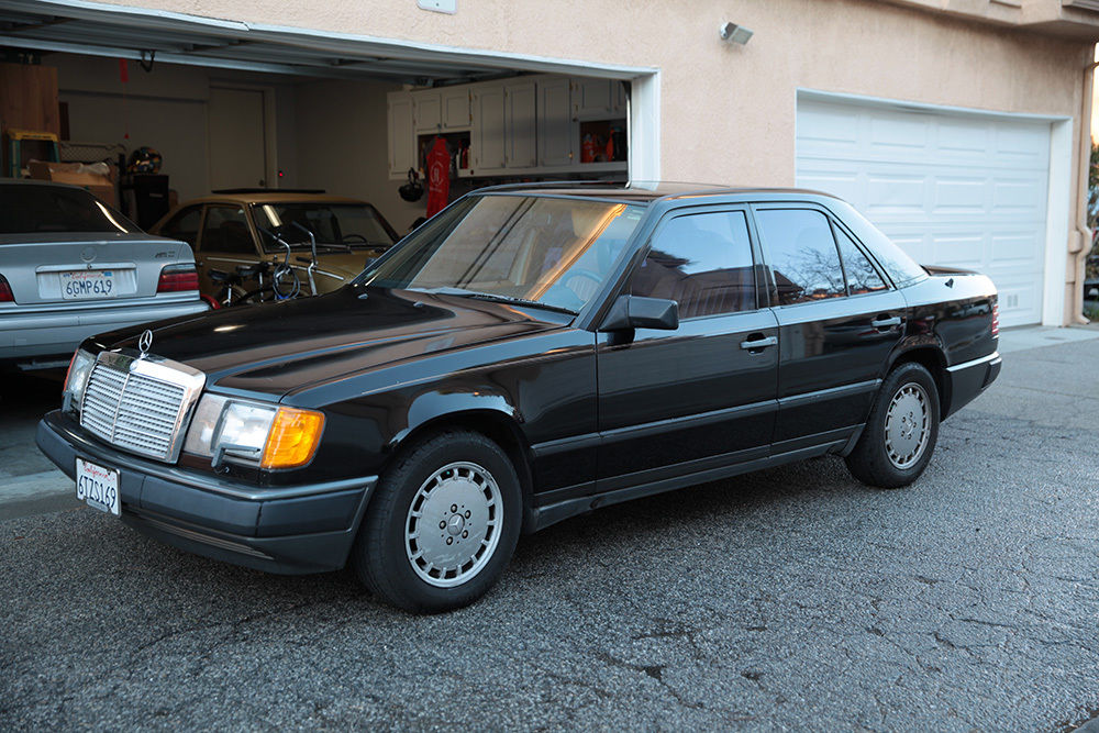 1989 Mercedes-Benz 300-Series