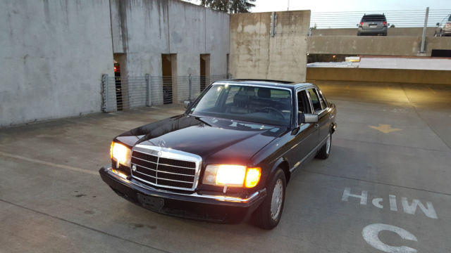 1989 Mercedes-Benz 500-Series Base Sedan 4-Door