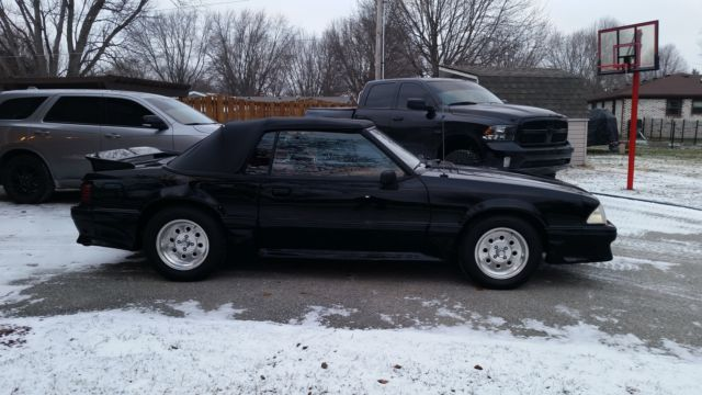 1989 Ford Mustang conv