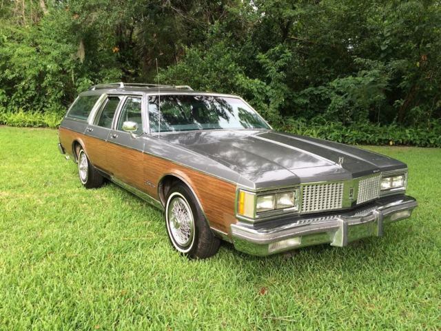 1989 Oldsmobile Custom Cruiser