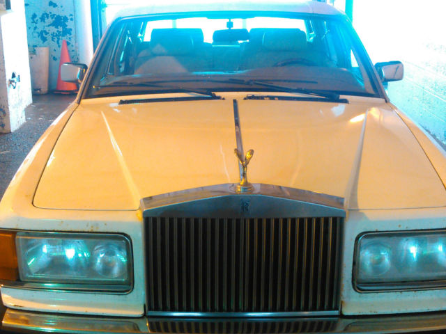 1989 Rolls-Royce Silver Spirit/Spur/Dawn  SILVER SPUR WITH198K ORIG MILES
