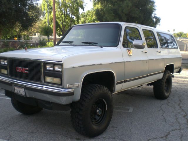 1989 suburban 2500 x4 rust free original paint california. Black Bedroom Furniture Sets. Home Design Ideas