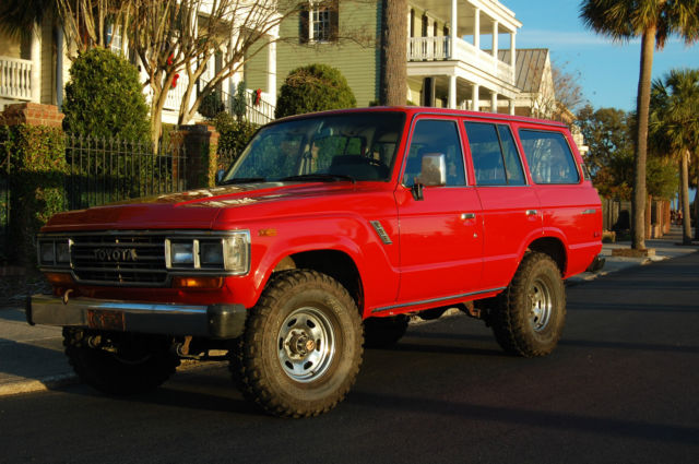 1989 Toyota Land Cruiser Base Sport Utility 4-Door