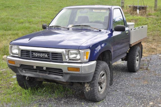1989 Toyota Pickup Custom Flat Bed Read Description For Sale