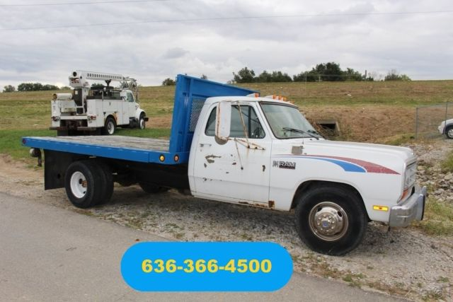 1989 Dodge Ram 3500 Base Cab & Chassis 2-Door