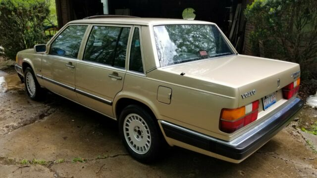 1989 Volvo 760 Turbo for sale: photos, technical ...