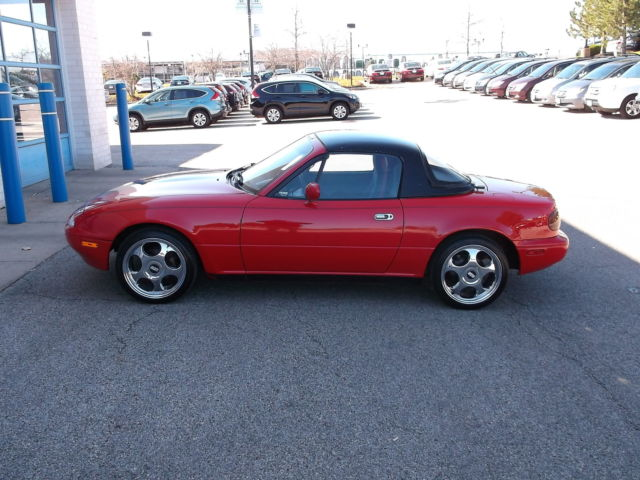 1990 Mazda MX-5 Miata 2dr Coupe Co