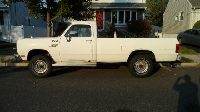 1990 3 4 dodge power ram 250 pickup with plow for sale. Black Bedroom Furniture Sets. Home Design Ideas