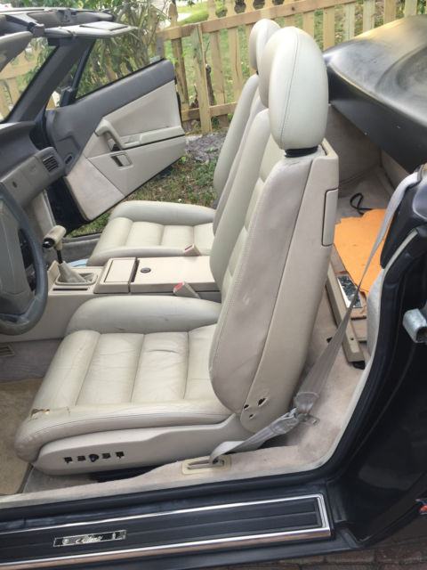 1990 Black Cadillac Allante Convertible with Beige interior