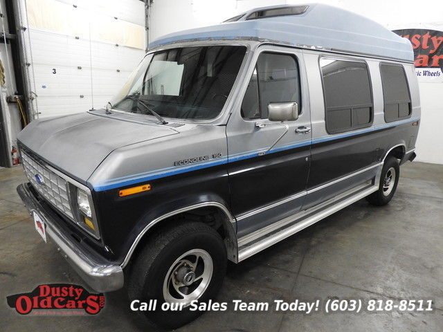 1990 Ford E-Series Van Runs Drives Body Interior Good Ramp and Lift