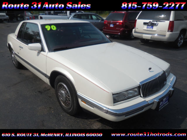 1990 Buick Riviera 2dr Coupe