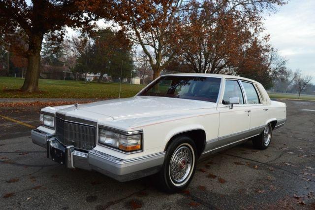 1990 Cadillac Brougham 4 Door Sedan for sale: photos