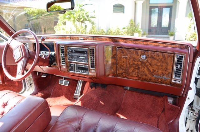 1990 Cadillac Brougham d'Elegance Sedan 4-Door 5 7L