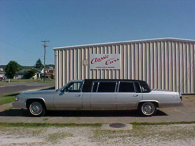 1990 Cadillac SIX  DOOR  LIMO