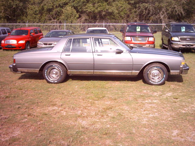 1990 chevrolet caprice classic with old skool corvette wheels new in mint shape for sale photos technical specifications description topclassiccarsforsale com