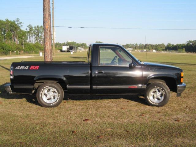 1990 Chevrolet C/K Pickup 1500 454 SS for sale: photos