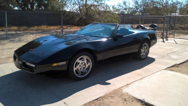 1990 Chevrolet Corvette Base 6 Speed Convertible