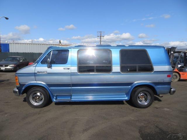 1990 Dodge Ram Van B250 Used 5 2L V8 16V Automatic NO