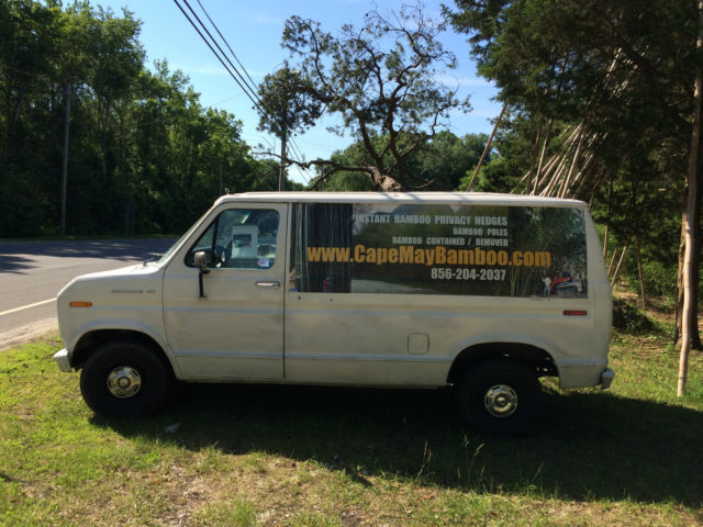 1990 Ford E-Series Van Commercial