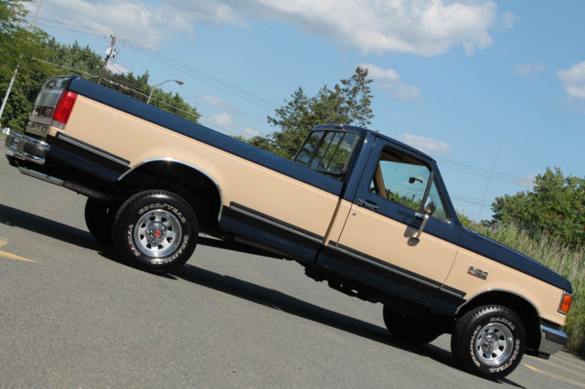 1990 Ford F-150 Must See Condition, Rare Find, Loaded, 76K!