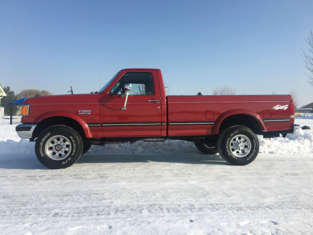 1990 ford f 250 xlt lariat 4x4 only 75k actual miles must see for sale photos technical. Black Bedroom Furniture Sets. Home Design Ideas