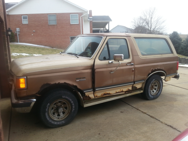 1990 Ford Bronco XLT