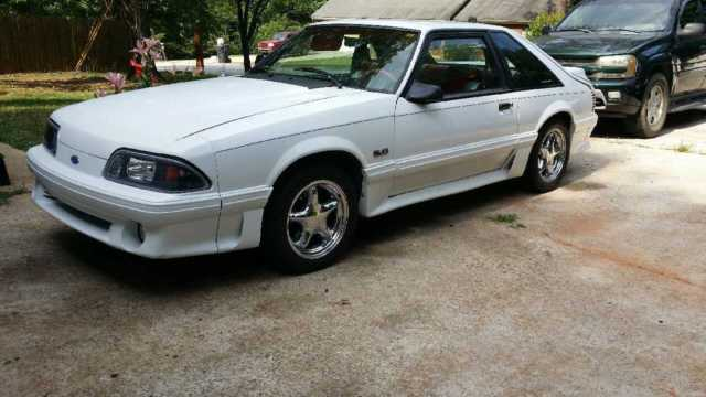 1990 ford mustang gt hatchback 2 door 5 0 ho foxbody fox body t5 302 white red for sale photos. Black Bedroom Furniture Sets. Home Design Ideas