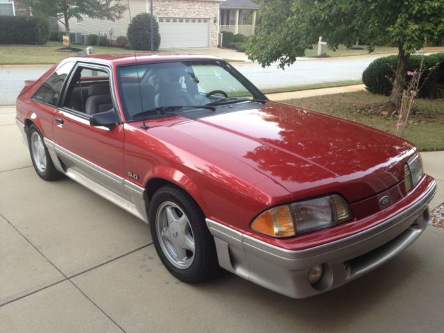 1990 Ford Mustang GT Hatchback 2-Door
