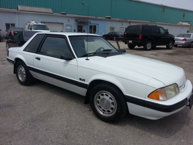 1990 Ford Mustang LX Notchback 5.0 5 Speed